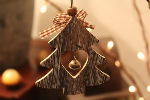 houten kerstboom hanger